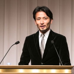 """""""遊び心ある""""創造性とイノベーションCD・DVD"""